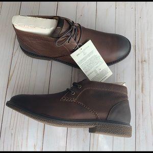 Amazon Brand-206 Collective Chukka Boot